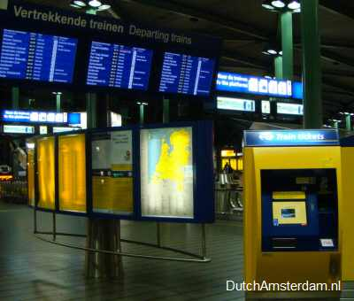 Amsterdam Airport ticket machines