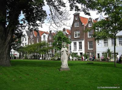 Begijnhof courtyard, Amsterdam
