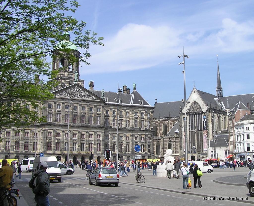 Dam square amsterdam for Dam in amsterdam