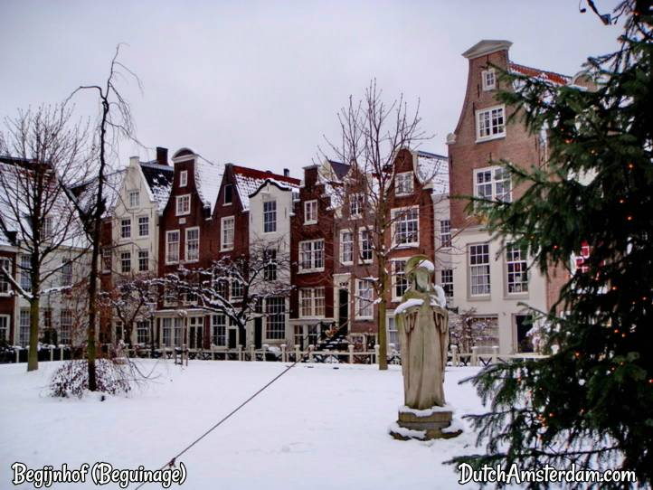 Snow at Beguinage, Amsterdam
