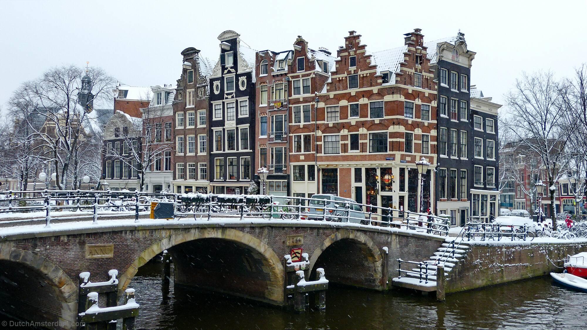 Corner Brouwersgracht, Prinsengracht in Amsterdam
