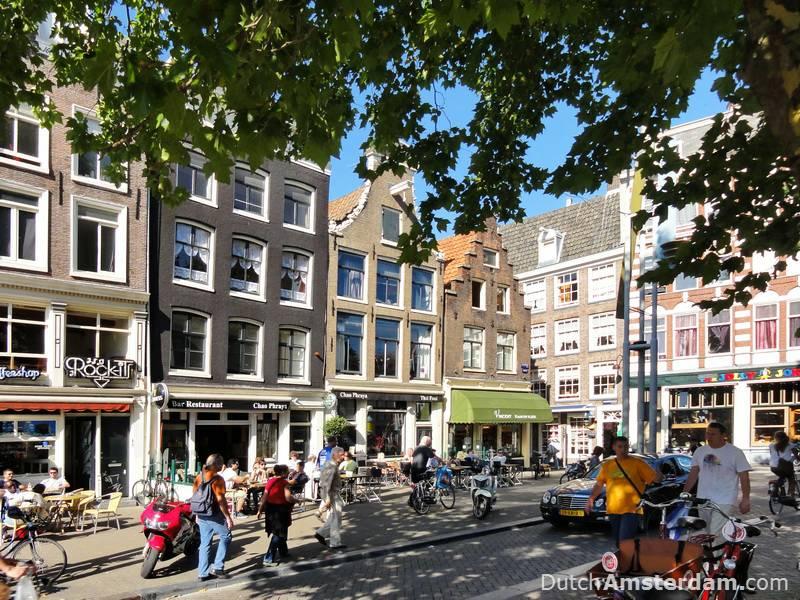 Nieuwmarkt shops