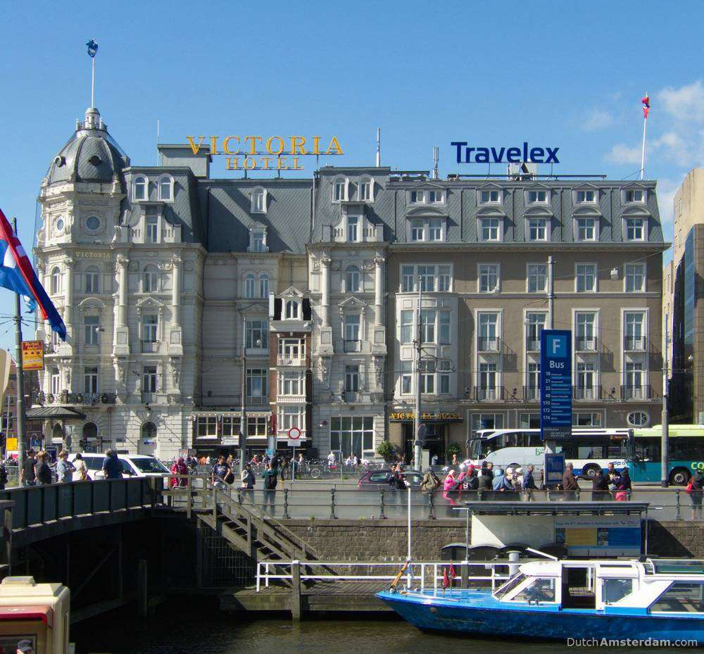 The Victoria Hotel in Amsterdam is built around two houses